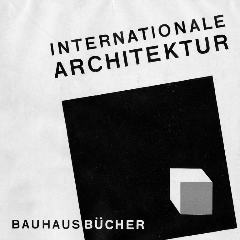 In April 2019 for 100 Years of Bauhaus, the University Library in Weimar will host an exhibition on the »Bauhaus Books«. The series of 14 volumes published by the Munich-based Albert Langen publishing house between 1925 and 1930 will be presented in a large exhibition for visitors to experience. (Source: University Library, Photo: Tobias Adam)